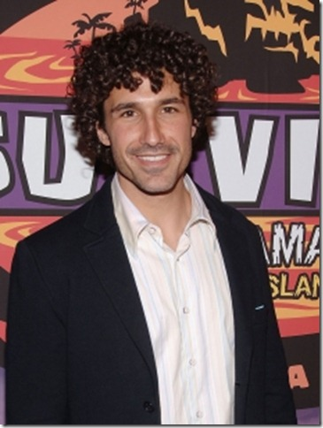 93312_survivor-africa-winner-ethan-zohn