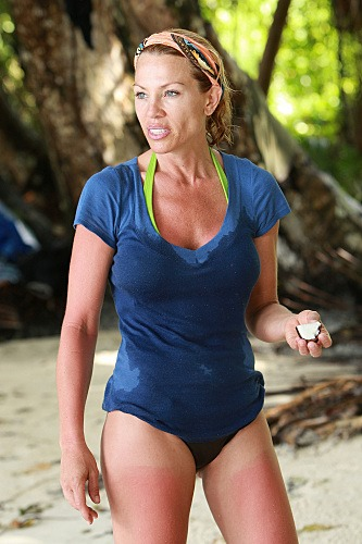tracy-hughes-wolf-survivor-micronesia-photo-1.jpg