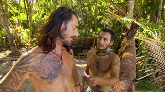 survivor-south-pacific-brandon-tries-to-persuade-coach